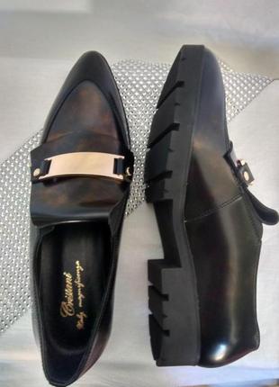 Кожанные демисезонныет туфли лоферы cristani р. 38 , турция