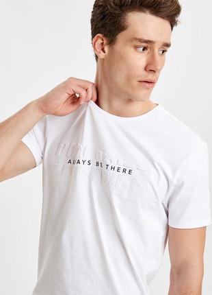 Мужская футболка (бренд lc waikiki вайкики)