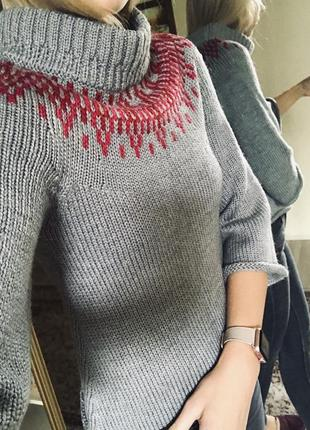 Очень теплый укороченный свитер с прекрасным составом
