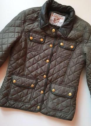 Фирменная стеганая весенняя куртка цвета хакки parisian collection
