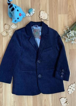 Фирменный пиджак tu ( 2018 г) малышу 3-4 года состояние нового