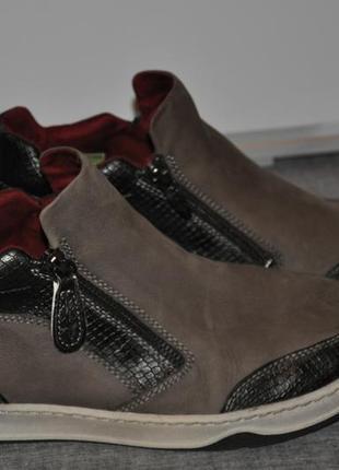 Ботинки кеды tamaris