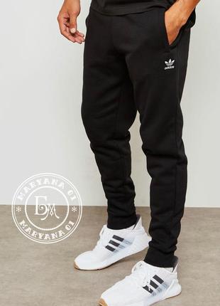 Спортивные штаны, джогеры adidas originals
