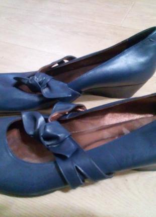 Шкіряні туфлі 41-42