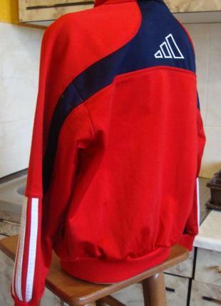 Кофта спортивная на замке красно-синяя