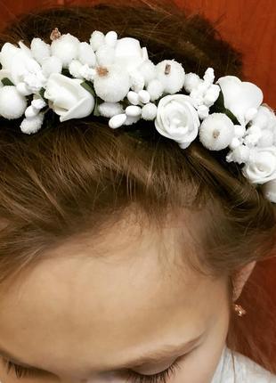 Обруч для волос из белых цветов ❤️
