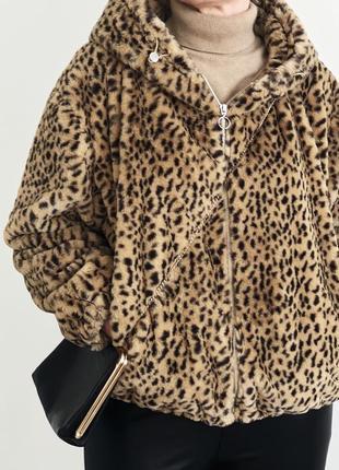 Леопардовая куртка-шубка из искусственного меха