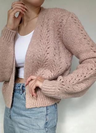 Теплый пушистый свитер