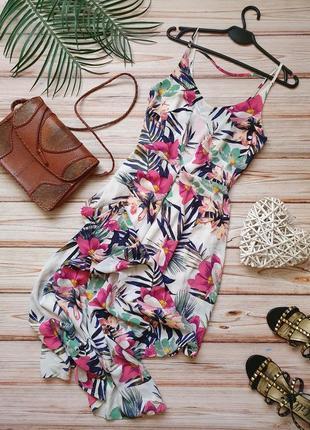 Красивое шифоновое летнее платье тропики на тонких бретелях