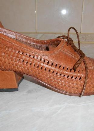 Туфли из натуральной кожи полностью