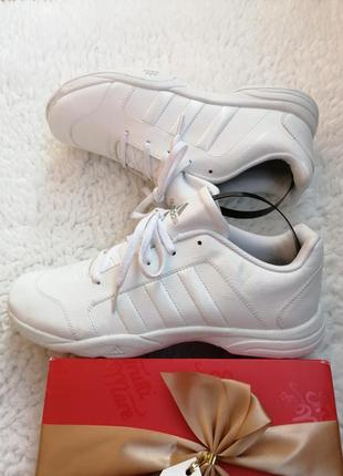 Кроссовки adidas p. 41. g04973