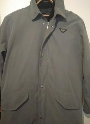 Продам мужскую куртку giorgio armani