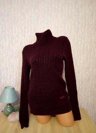 Суперский свитер-водолазка с горлом, удлиненный, марсала, вязка косы.
