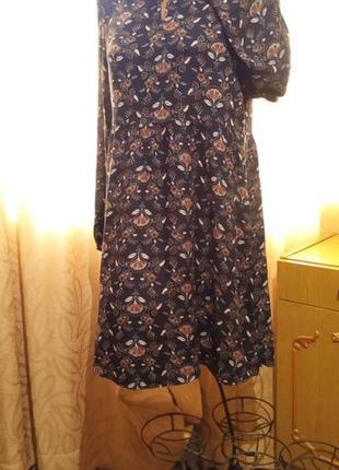 Стильное вискозное платье со свободной завышенной талией yessica  c&a  германия
