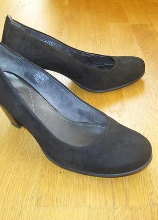 Туфли - marc- женские классические замшевые на 39 размер, отличного качества