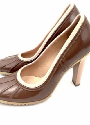 Туфли на високом каблуке casadei