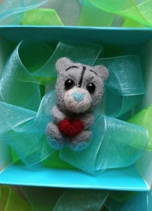 Медвежонок тедди мишка брошь значок сухое валяние ручной работы