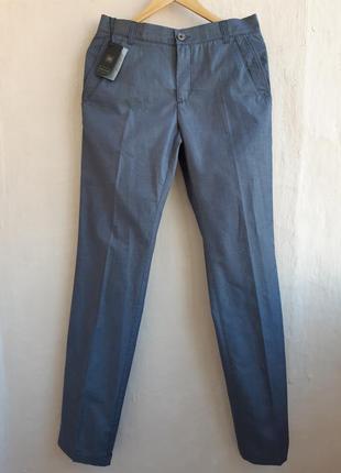 Классические брюки-сигареты италия