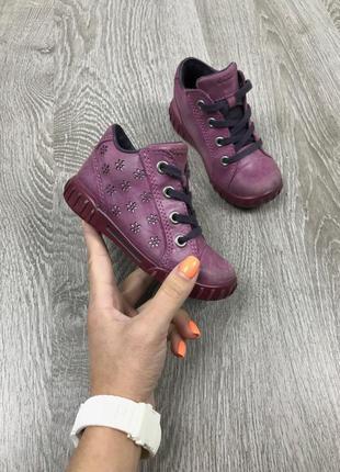 Качественные, полностью кожаные ботиночки ecco