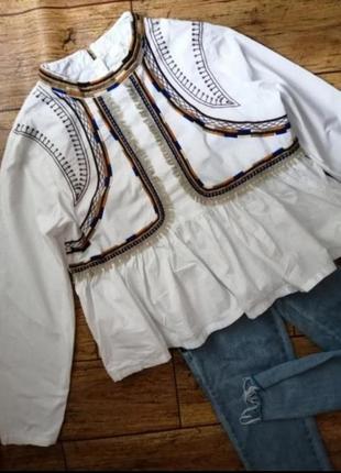 Красивейшая рубашка с вышивкой от missguided