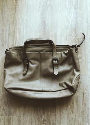 Песочная светлая сумка zara