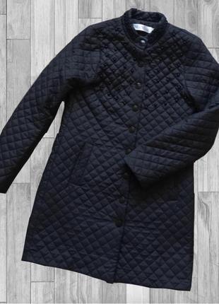 Чёрное стёганное пальто с чёрным жемчугом 🥀