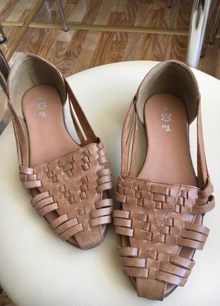 Кожаные туфли сандалии распродажа вещи до 100грн