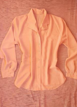 Красивая классическая блуза