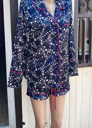 Шелковая пижама в звезды