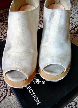 Туфли с открытым носком б/у