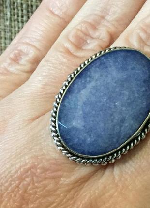 Кольцо с натуральным сапфиром, в серебре, размер 18. индия