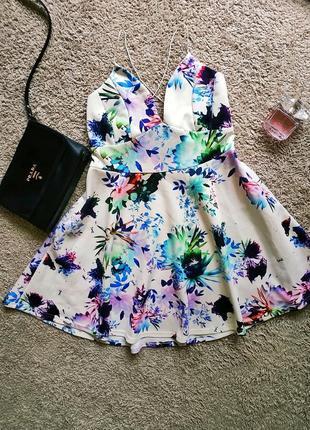 Платье с переплетом на спине ♥️