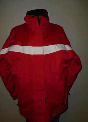 Куртка р.l  trespass