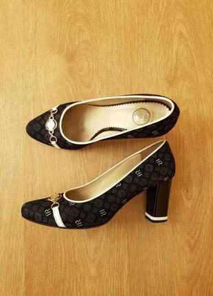 Женские туфли renzoni 40 размер
