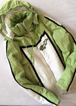 Крутая актуальная куртка курточка в стиле h&m легкая