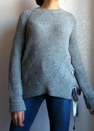 Шикарный новый свитер с бантами primark