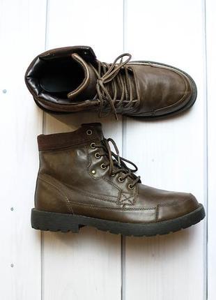 Добротные ботинки от бренда f&f.