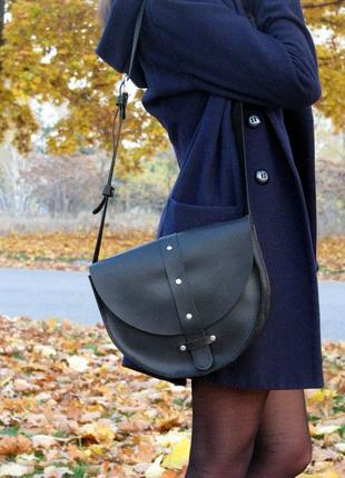 Кожаная сумка,женская,полукруглая,ручная работа