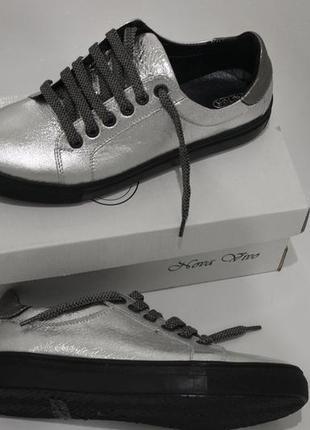 Супер кеды , кожа серебро , с 34-41р2 фото