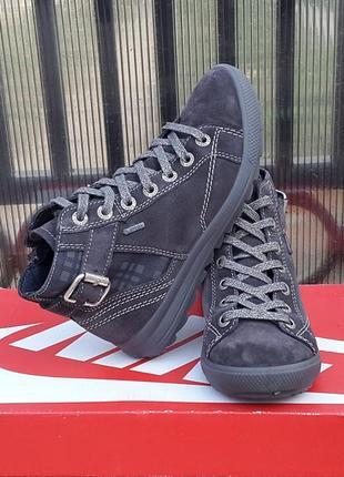 Кожаные кроссовки демисезонные ботинки superfit 32 р. gore-tex