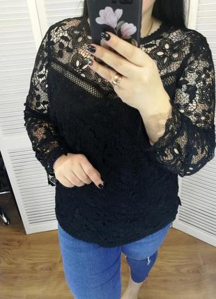 Красивая черная кружевная блуза, р. 18-20.