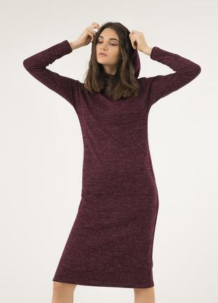 Стильное платье меланж с капюшоном из натуральной ткани season бордовое