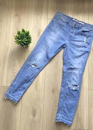 Оригінальні джинси stradivarius