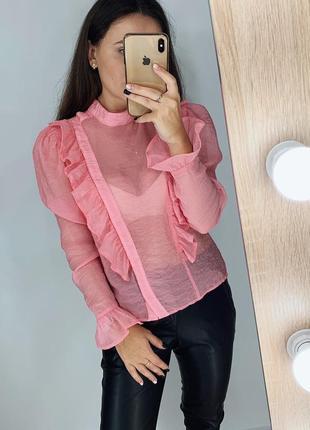 Розовая блуза с рюшами из органзы h&m