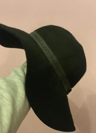 Кашемировая шляпа с кожаным ободком