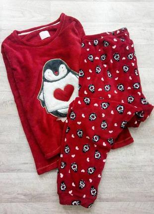 Теплая красная пижама с пингвинов