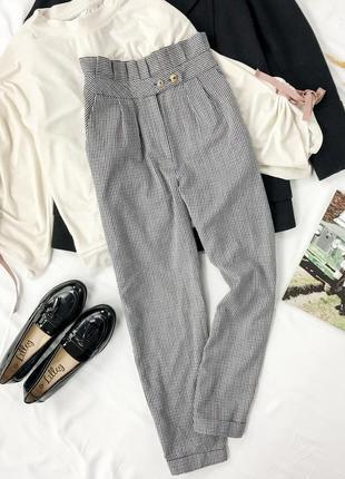 Тепленькие брюки с оригинальным поясом  pn 1942126  topshop