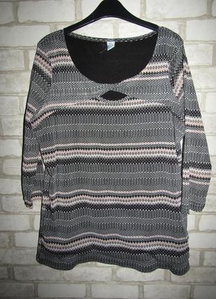 Красивая блуза р-р 14-16 стрейч m&s