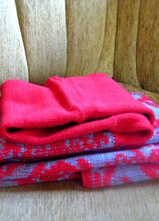 Новый шарф к пуховику красный с серым