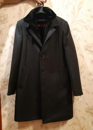 Универсальное мужское пальто «pierre carlos» made in turkey из шерстяного вида.